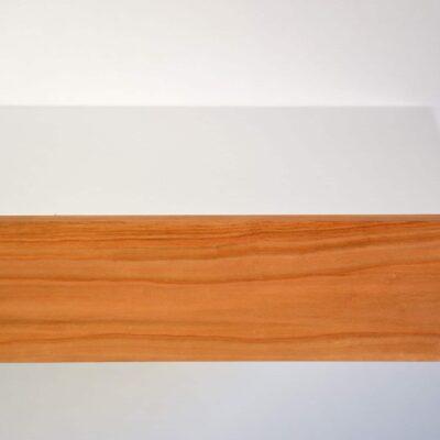 Runder schwebender Nachttisch mit Fronte aus Kirsche von vorne