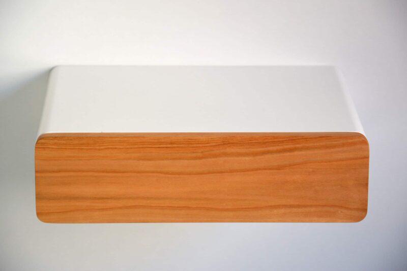 Runder schwebender Nachttisch mit Front aus Kirsche von vorne