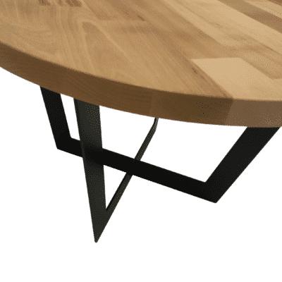 Tischgestell Salto schwarz mit Eichenplatte in Details